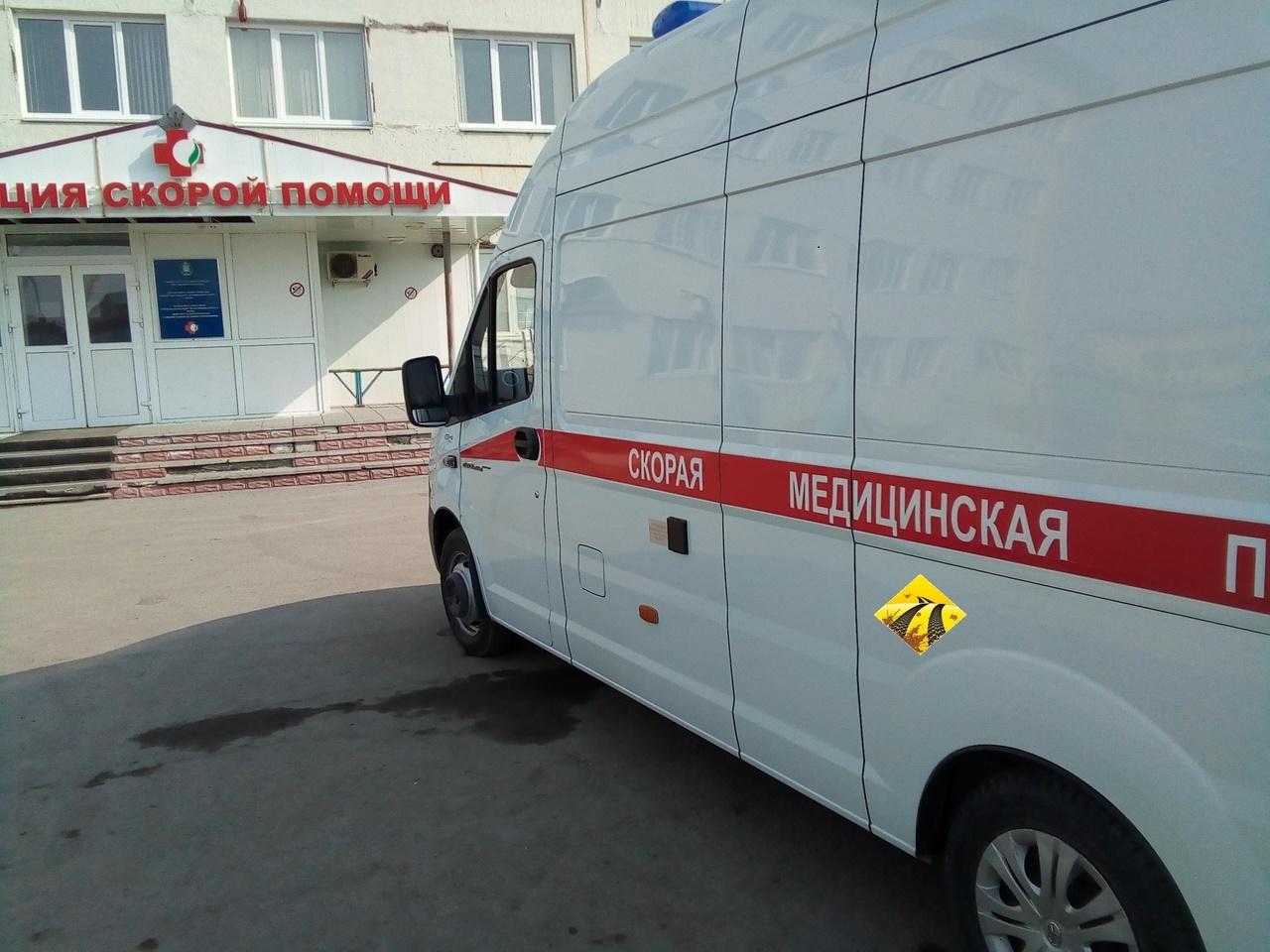 В Нефтеюганске рабочий упал в шахту лифта